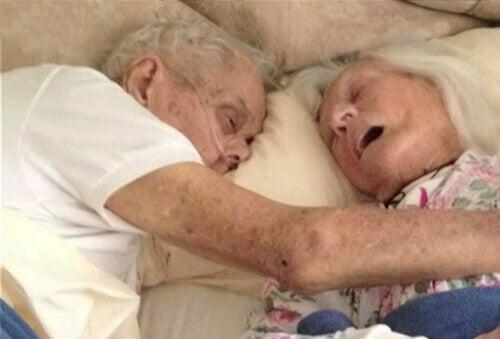 Sann kärlek: Gifta i 75 år och dog i samma säng