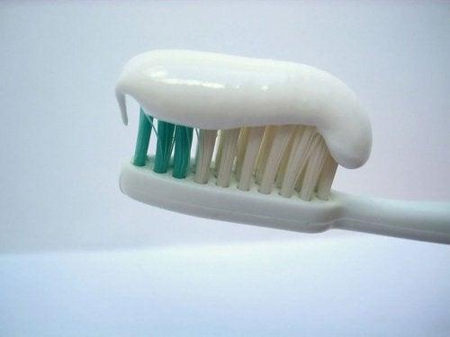 tandkräm färgkod