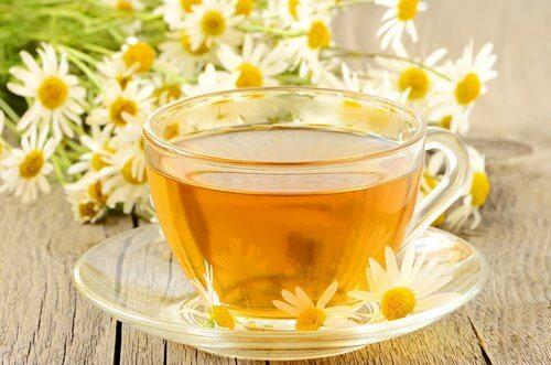 Koka te på kamomill