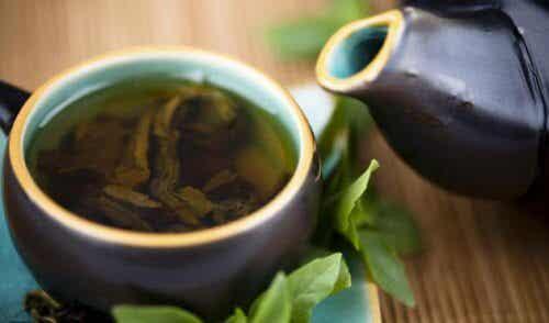 Renande kur med grönt te, citron och stevia