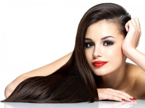 Lent-långt-hår