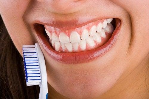 Rena tänder