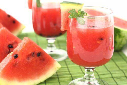 Te med vattenmelonkärnor för att avgifta njurarna