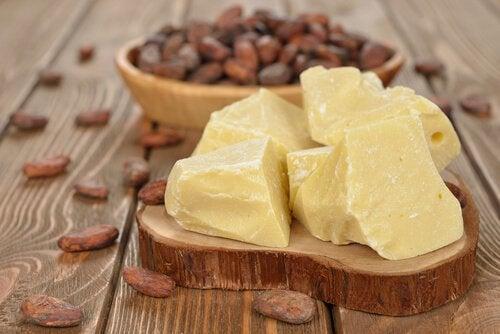 Kakaosmör på bricka