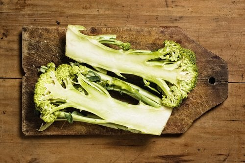 Broccolistjälk