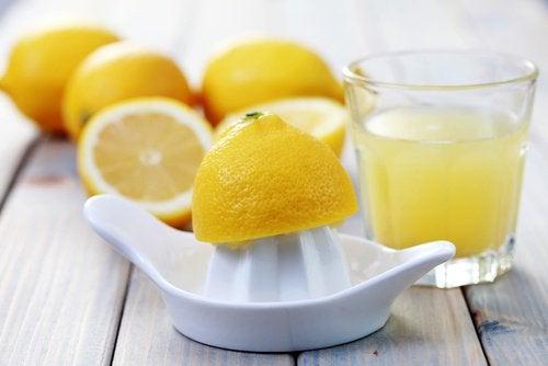 Citronjuice är väldigt antibiotisk