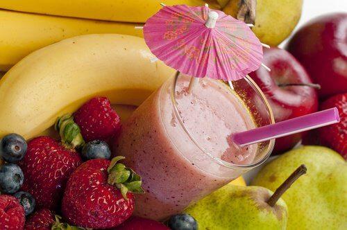 smoothie-gjord-på-frukt