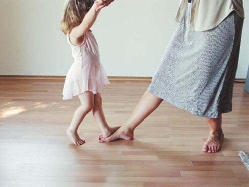 Dans-med-barn