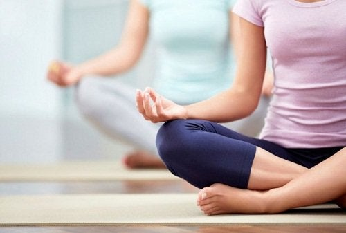 Yoga kan motverka smärta