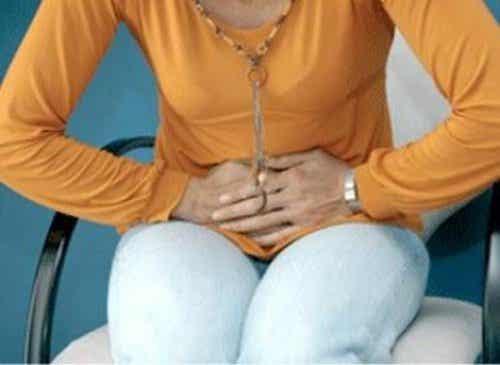 Kan förstoppning orsaka viktökning?