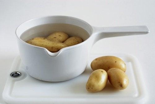 Kokt-potatis