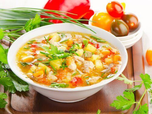 fyllig grönsakssoppa