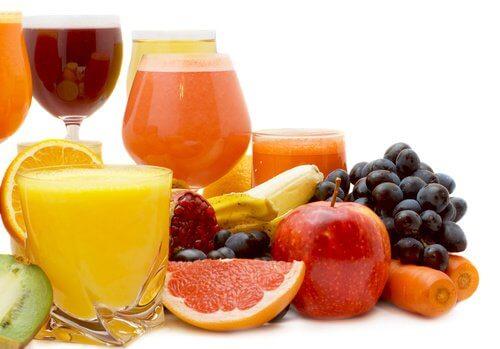 Olika fruktjuicer