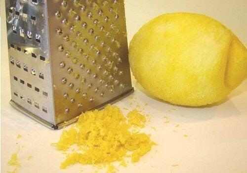 7 intressanta användningar för citronskal