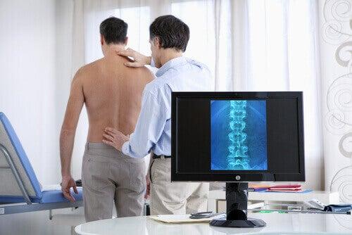 Röntgen av ryggen