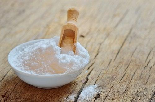 Använd bikarbonat för dina handdukar