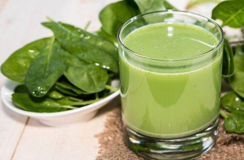 Fördelarna med renande gröna smoothies