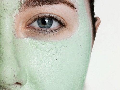 mask för att stänga porer