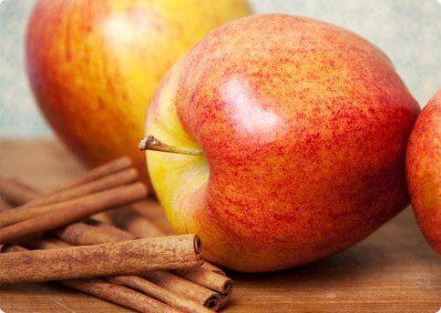 2-apples-and-cinnamon