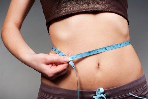2-measure-waistline