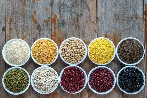 Majoriteten av ditt proteinintag bör vara från vegetabiliska källor