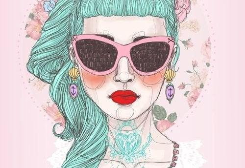 Kvinna med solglasögon
