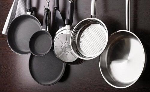 5-pots-and-pans