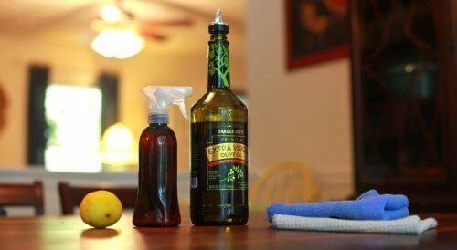 hemgjort-rengöringsmedel-med-olivolja