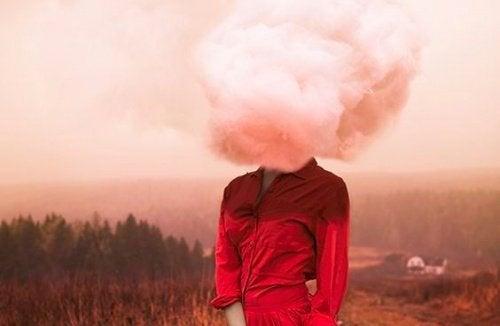 huvudet-bland-molnen
