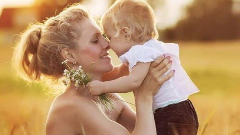 Kärleksfull-moder