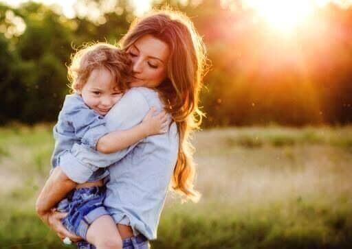 Kramande-mor-och-son