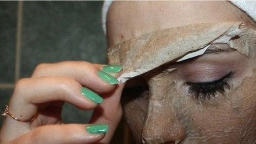 Använd inte masken om du är allergisk mot ägg