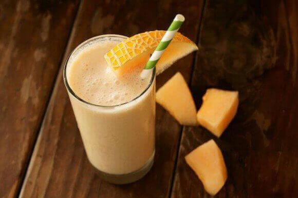 cantaloupe-pineapple-smoothie
