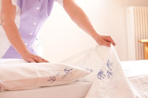 Rengör sängen ofta