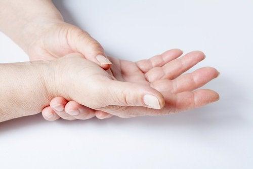 ledsmärta i handen