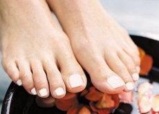 vackra fötter