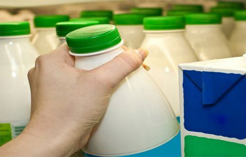 mjölk i butiken