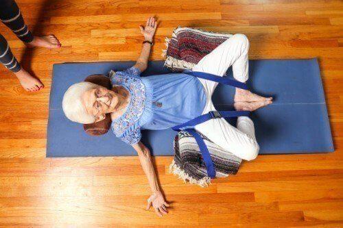anna-utfor-yoga