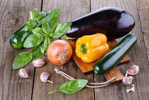 Välj livsmedel som inte gynnar bakterietillväxt