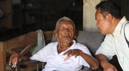 Berättar hemligheten till ett långt liv