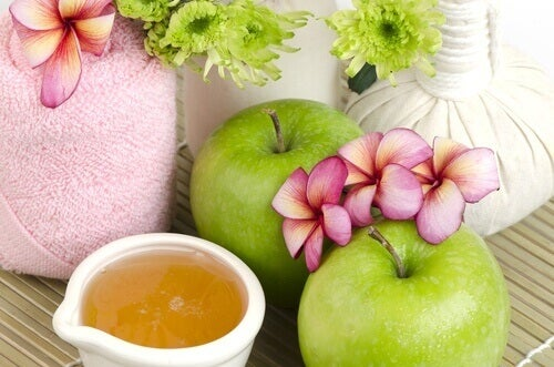 Honung och äpple