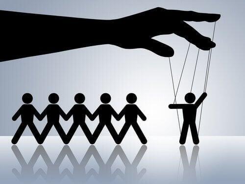 En psykopat manipulerar andra