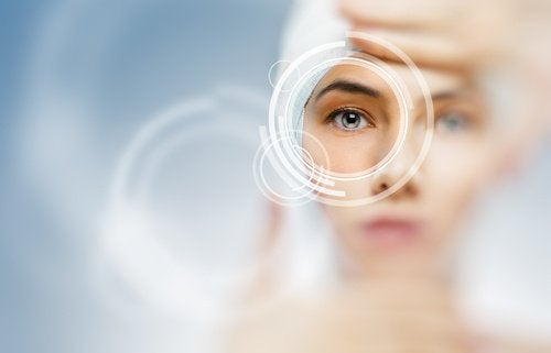 Kvinnas öga