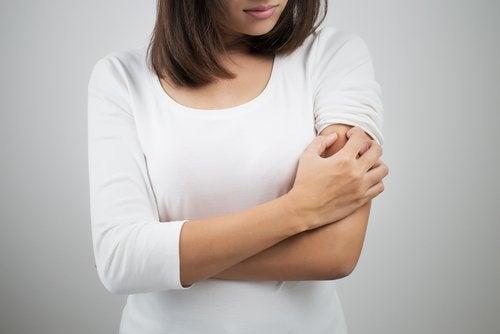 Glutenintolerans och finnar på överarmarna