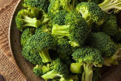 Upptäck de fantastiska fördelarna med broccolisoppa