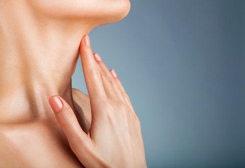 En massage med vetegroddsolja gör huden fastare