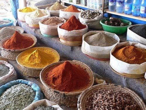 olika kryddor