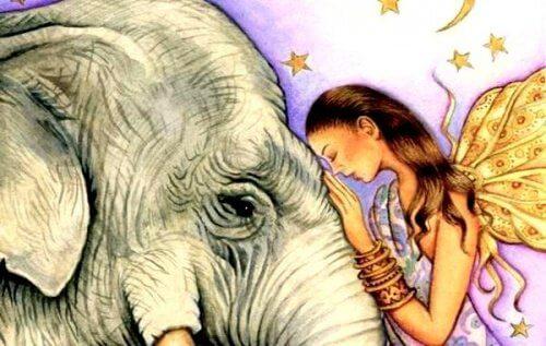 kvinna med elefant