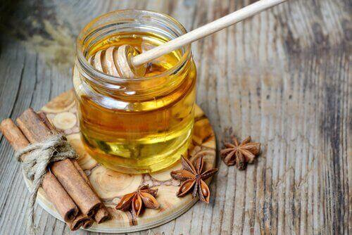 Honung och kanel