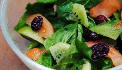 kiwi i sallad